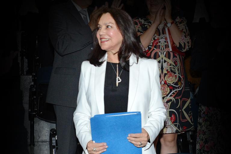 Elizabeth Fuentes.