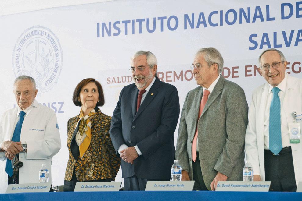 Teresita Corona, Enrique Graue, Jorge Alcocer y David Kershenobich. Foto: Benjamín Chaires.