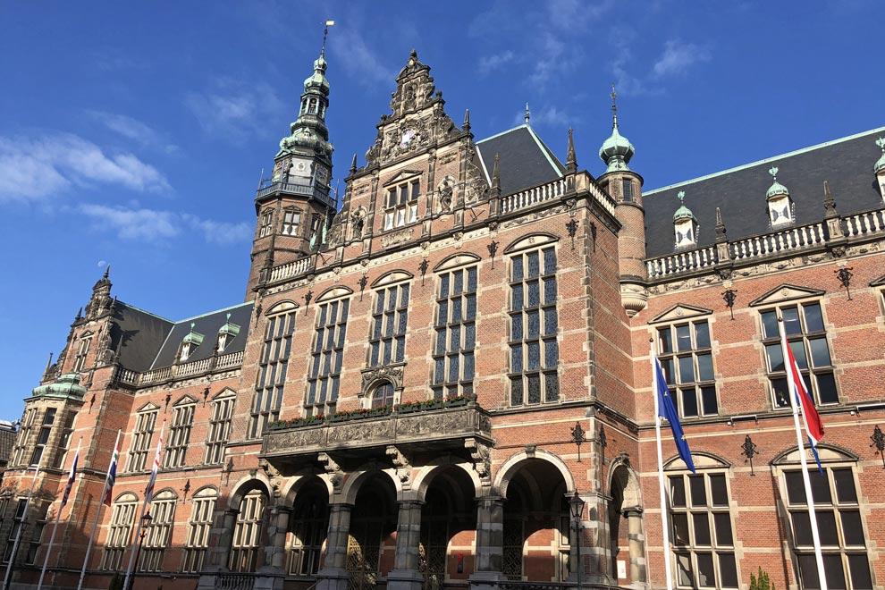 Universidad de Groningen.